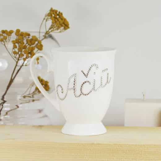 """Porcelianinis puodelis su """"AČIŪ"""""""
