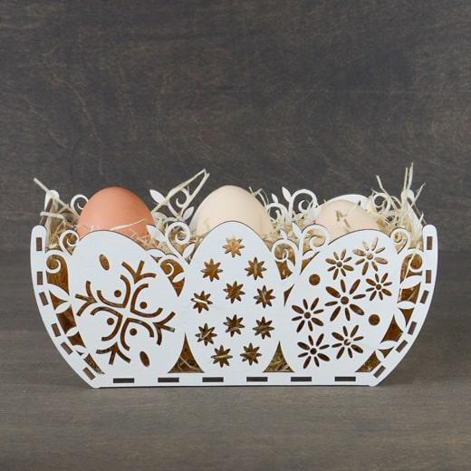 """Velykinė dekoracija """"Kiaušinių krepšelis"""""""